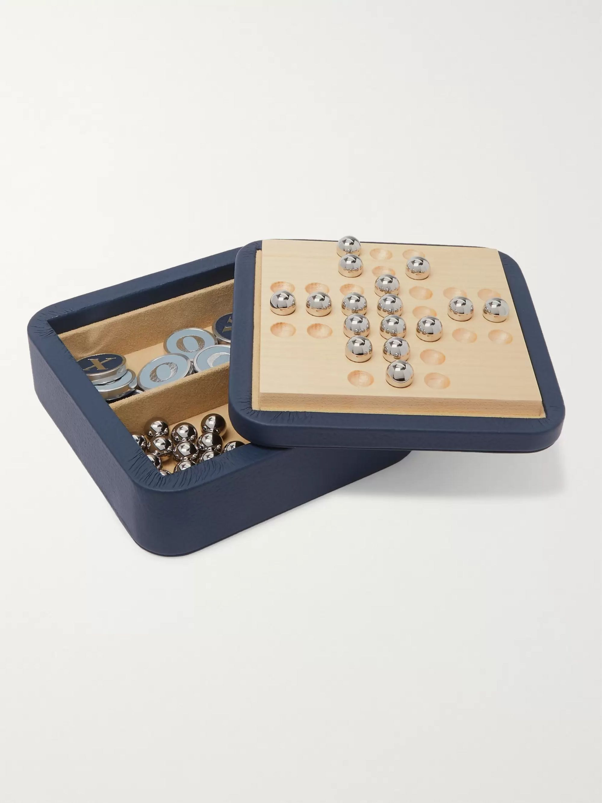 William & Son Leather Solitaire and Noughts & Crosses Set