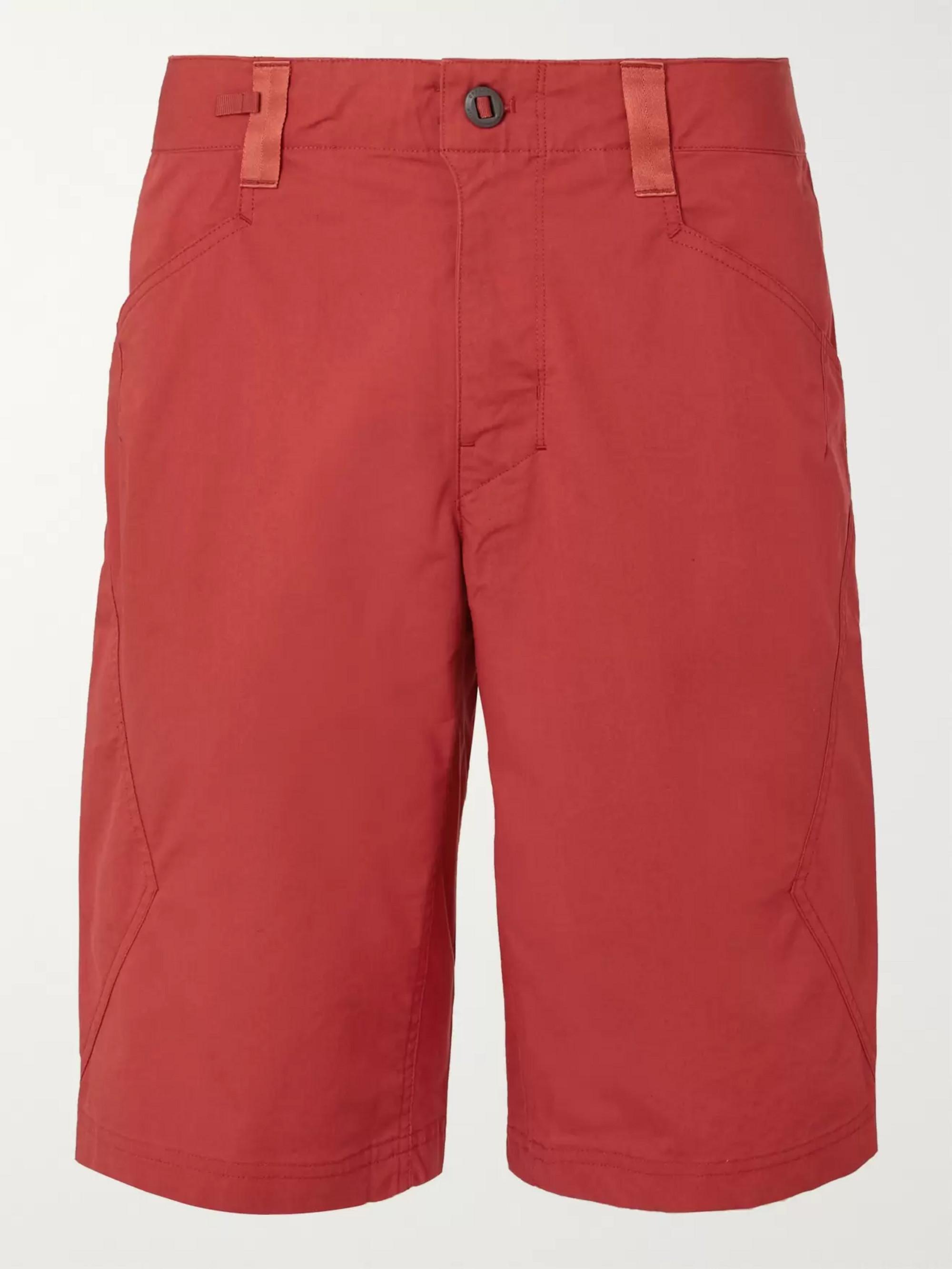 Venga Rock Organic Cotton Blend Shorts by Patagonia