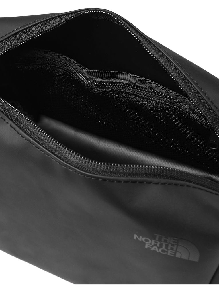 The North Face Stratoliner Shell Wash Bag