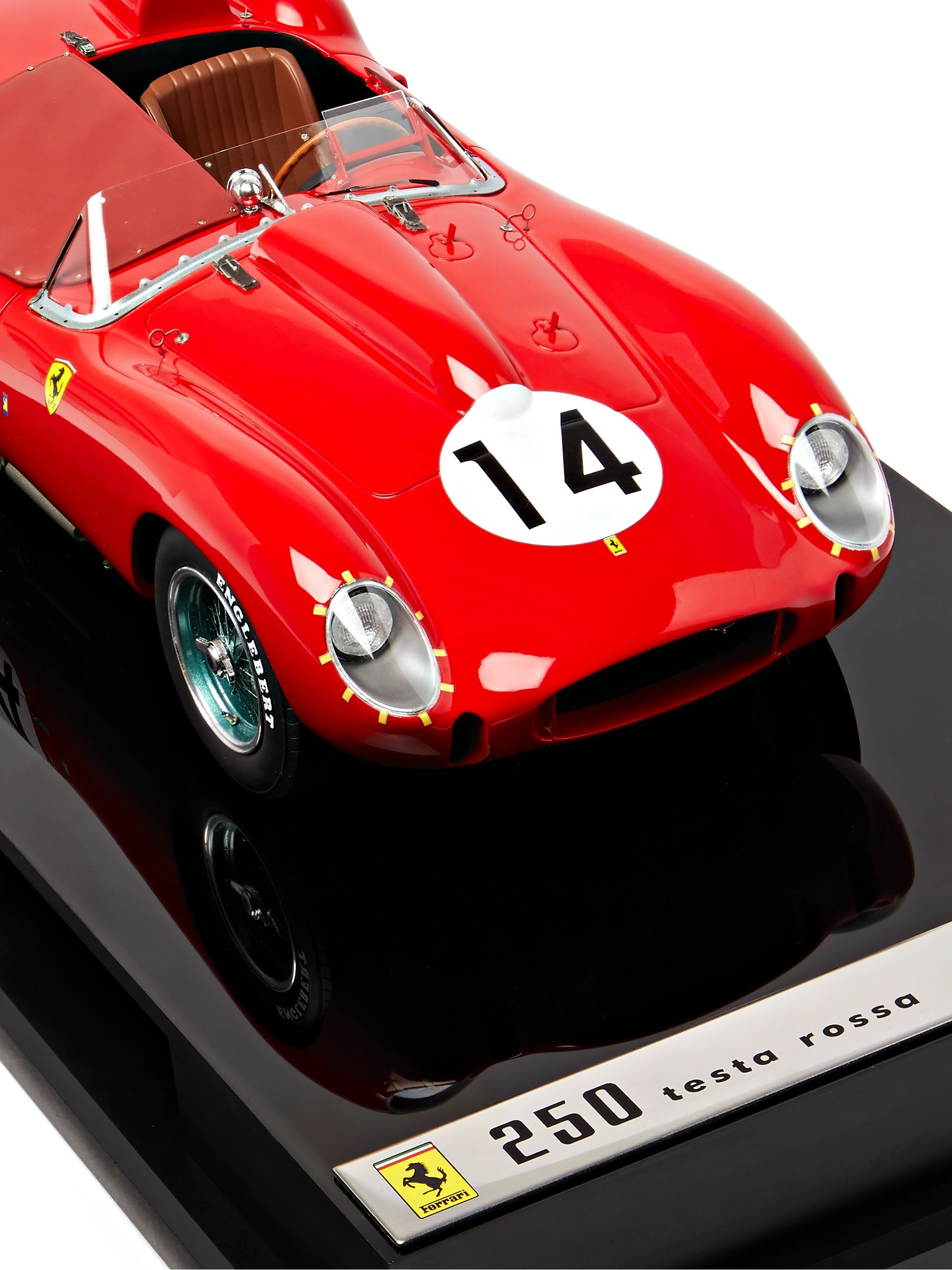 Amalgam Collection Limited Edition Jaguar E-Type Series 1 1:8th Model Car