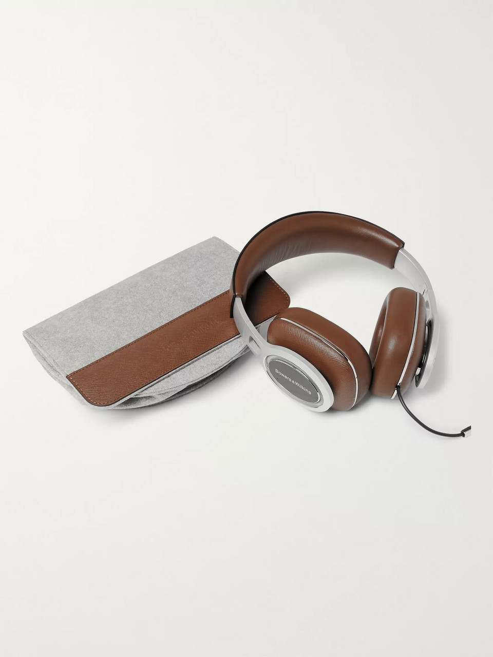 Bowers & Wilkins P9 Signature Cross-Grain Leather Headphones