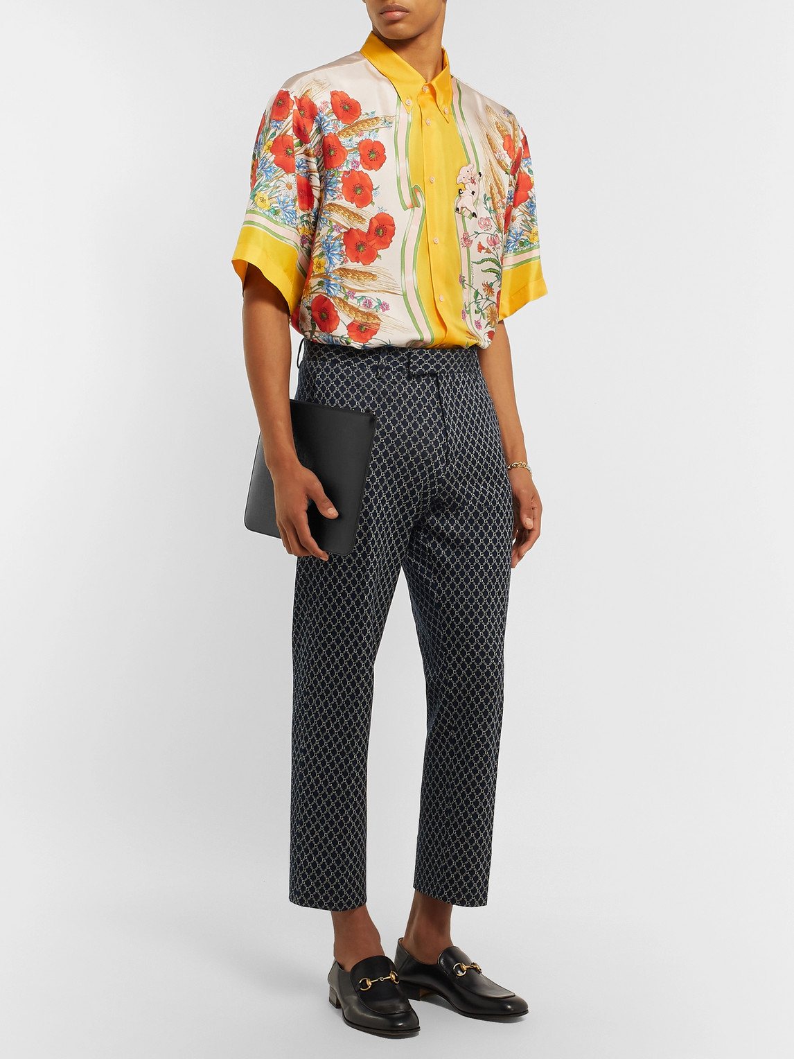 Gucci T-shirts BUTTON-DOWN COLLAR EMBROIDERED AND PRINTED SILK-SATIN SHIRT