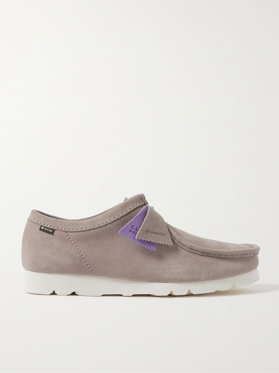 CLARKS ORIGINALS Wallabee Low GORE-TEX Suede Desert Boots