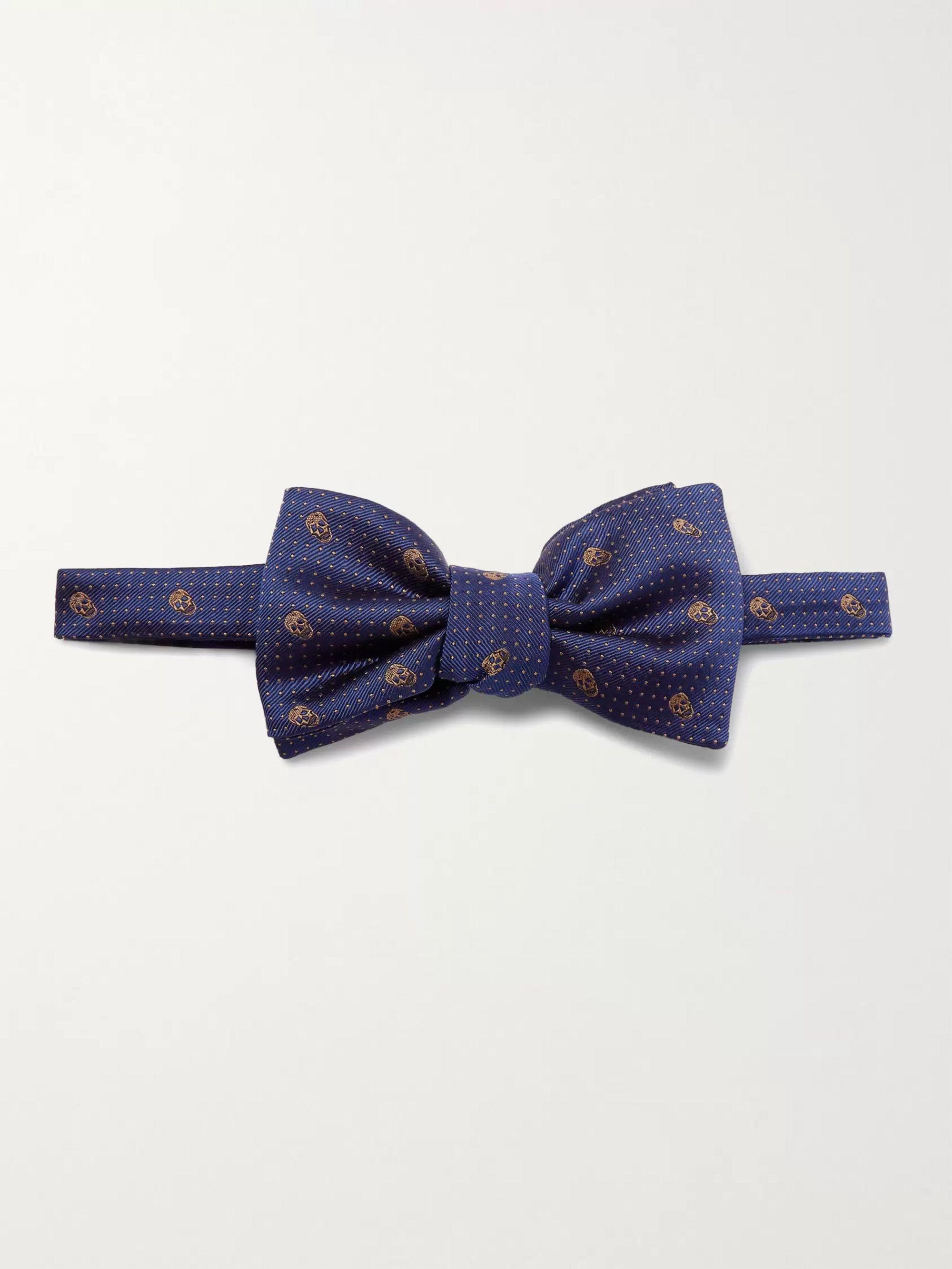 알렉산더 맥퀸 보우 타이 Alexander McQueen Pre-Tied Skull and Polka-Dot Jacquard Silk-Twill Bow Tie,Blue