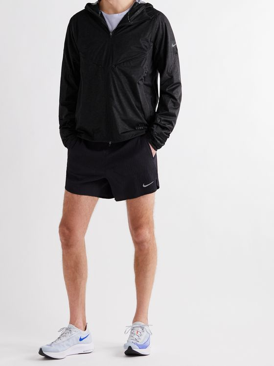 NIKE RUNNING Pinnacle Run Division Shell Hooded Jacket