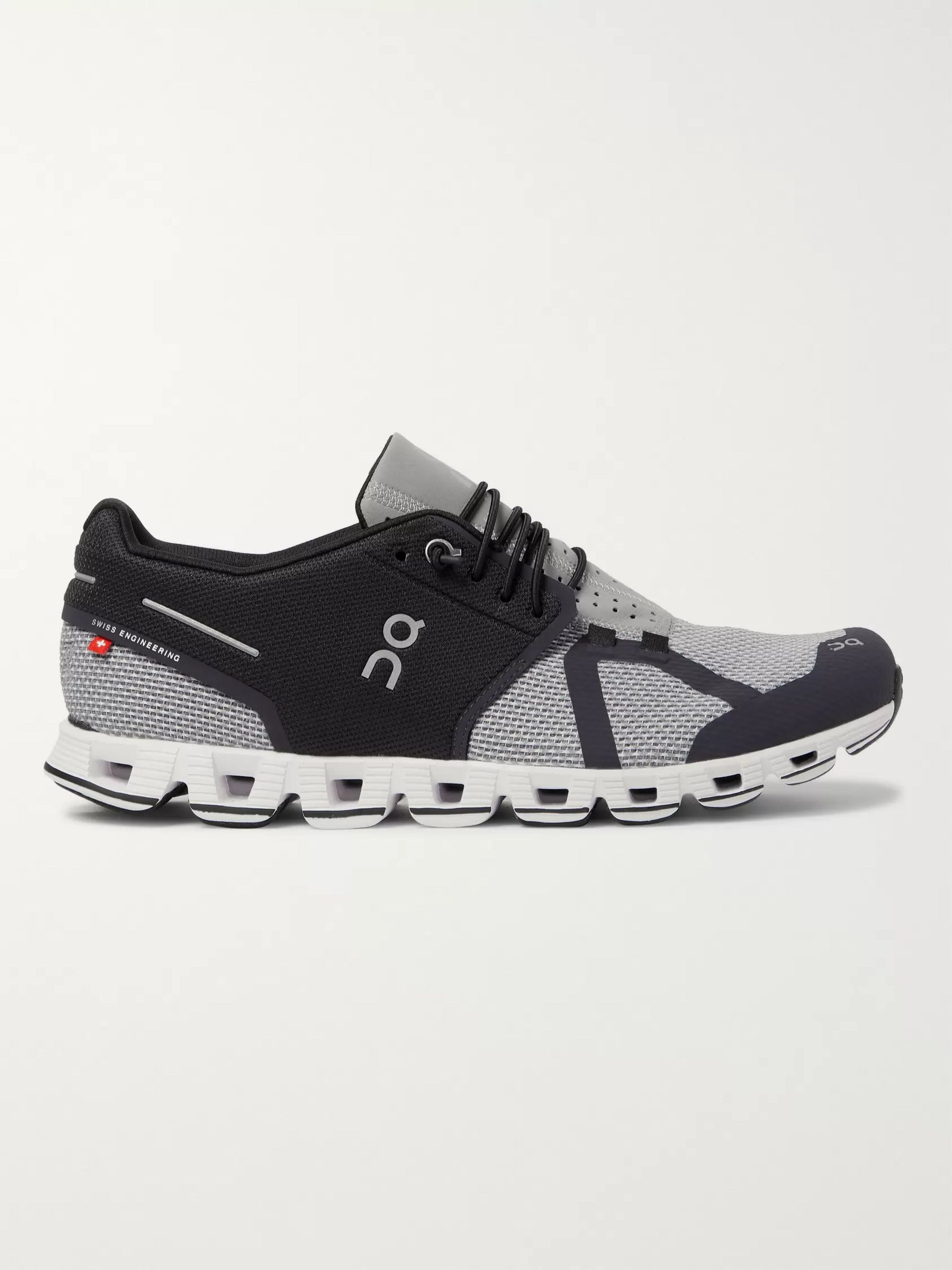 dq running shoes