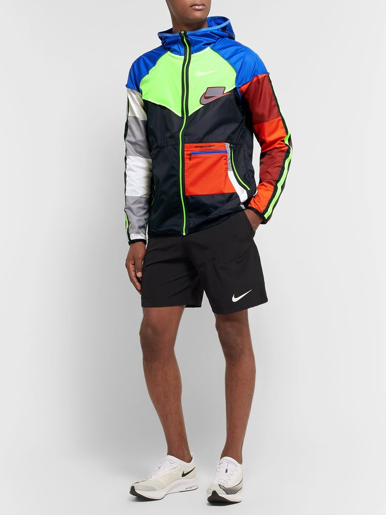 Nike Running Wild Run Windrunner Packable Ripstop and Shell Jacket