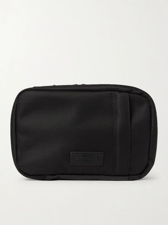 EASTPAK Mavis CNNCT Canvas Wash Bag