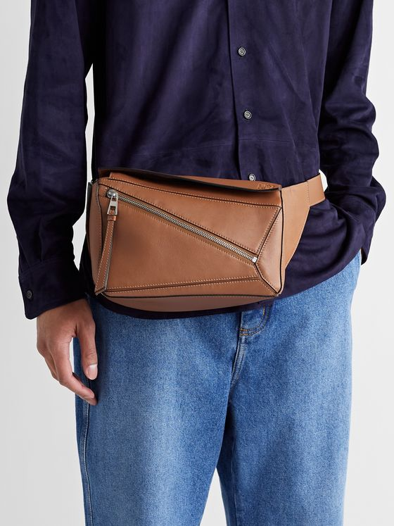 LOEWE Puzzle Logo-Debossed Leather Belt Bag