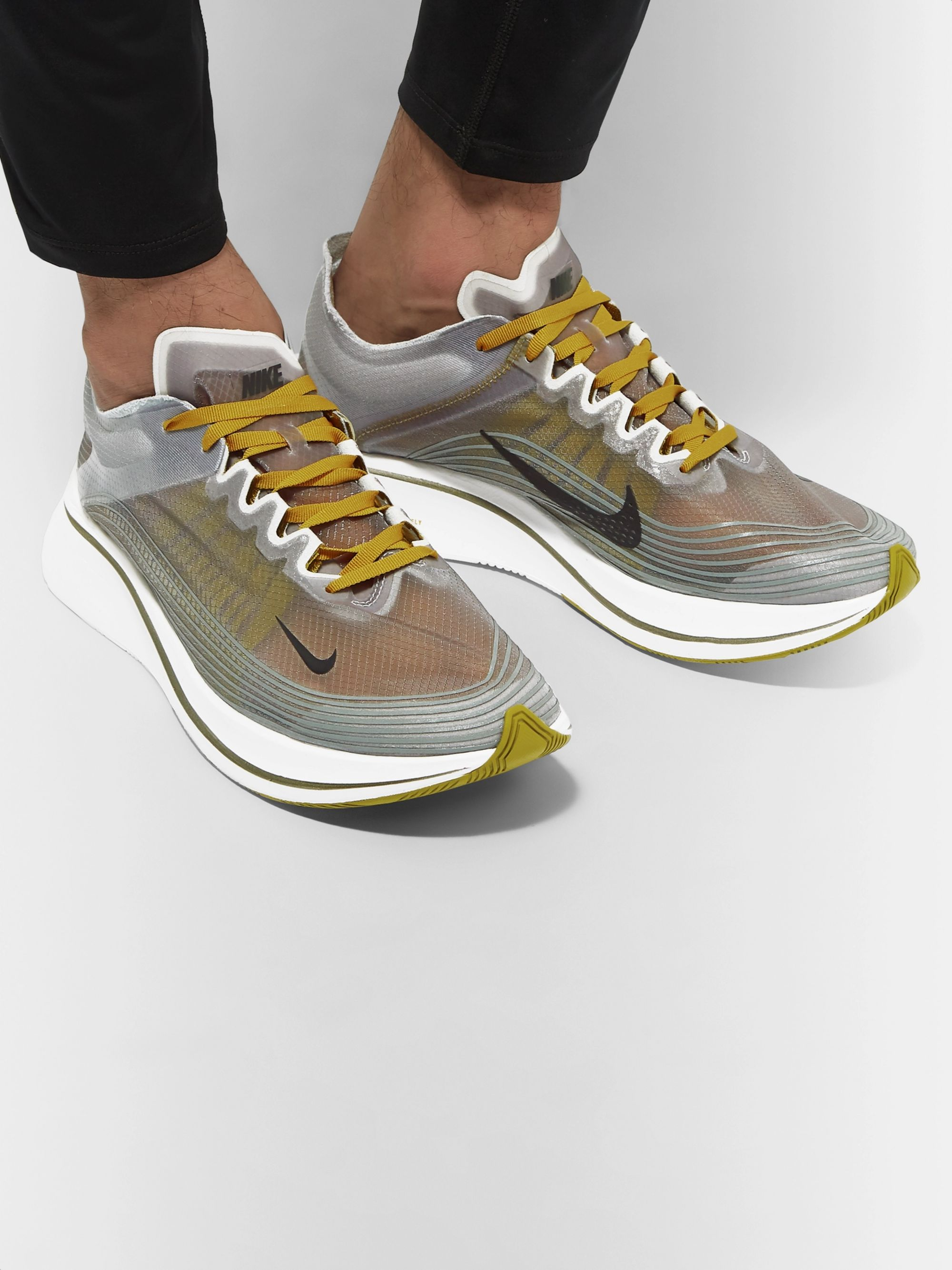 Nike Running Zoom Fly SP Sneakers