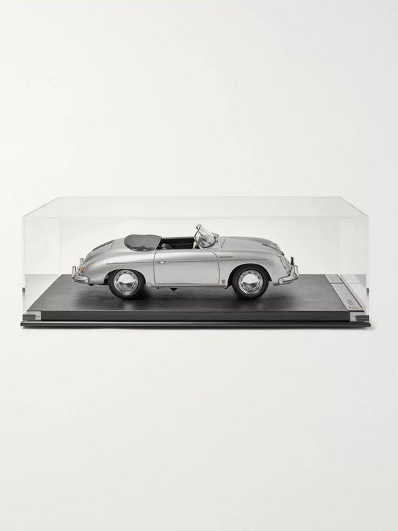 Amalgam Collection Porsche 356A Speedster 1948 1:8 Model Car