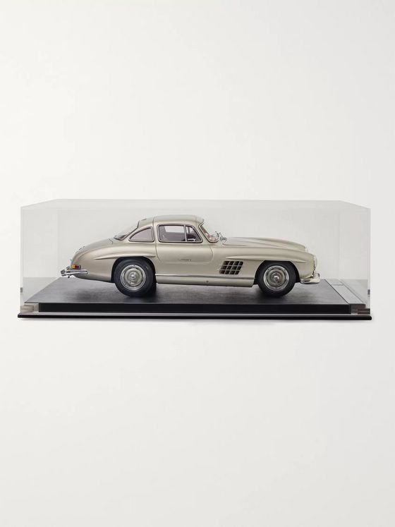 Amalgam Collection Mercedes-Benz 300SL Gullwing 1:8 Model Car