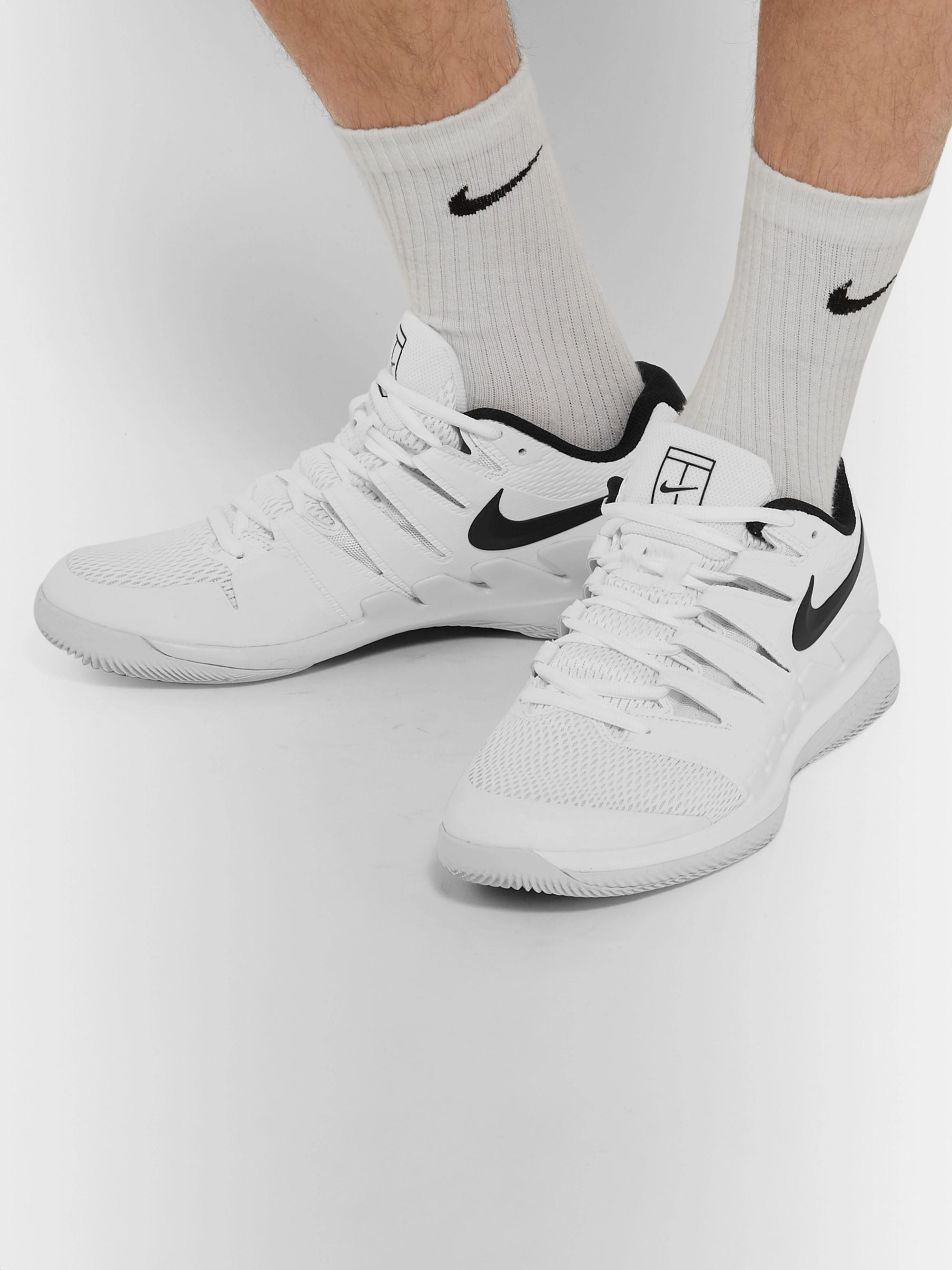 White Air Zoom Vapor X HC Rubber and Mesh Tennis Sneakers