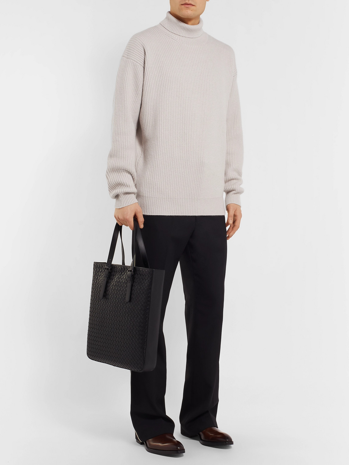 Bottega Veneta Sweaters RIBBED CASHMERE ROLLNECK SWEATER