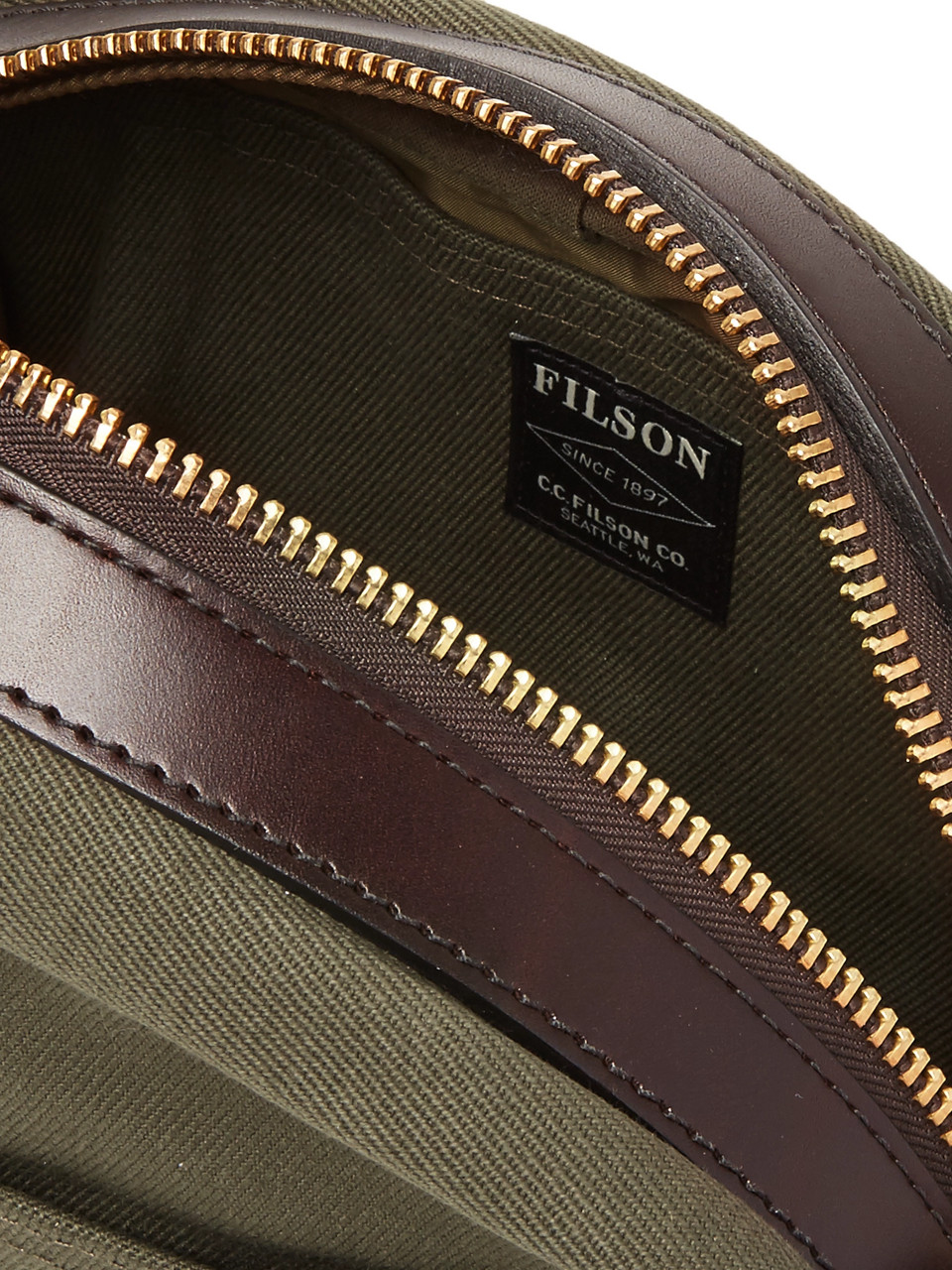 Filson Leather-Trimmed Cotton-Canvas Wash Bag