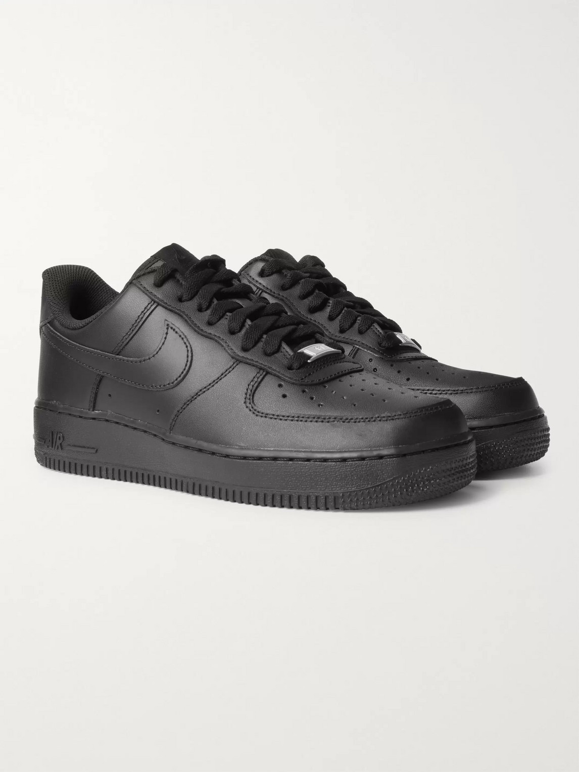 Nike Air Force 1 '07 Trainers In Black