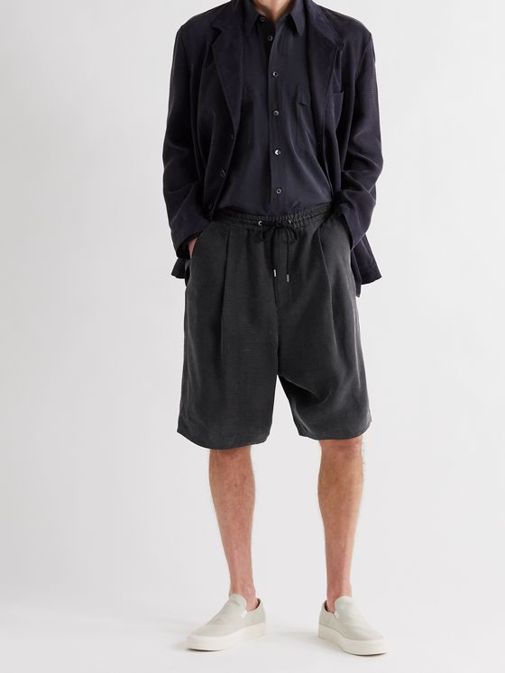 GIORGIO ARMANI Wide-Leg Pleated Herringbone-Jacquard Drawstring Shorts